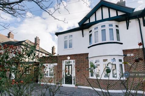 Callander Road, London, SE6. 6 bedroom house share
