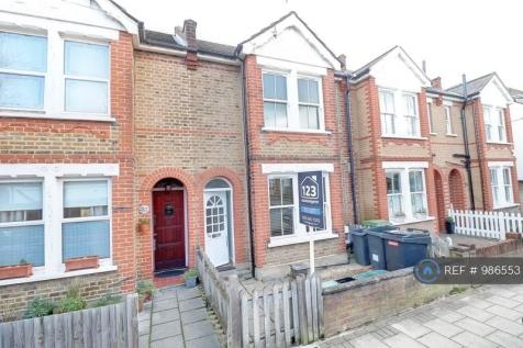 Salisbury Road, Bromley, BR2. 3 bedroom terraced house