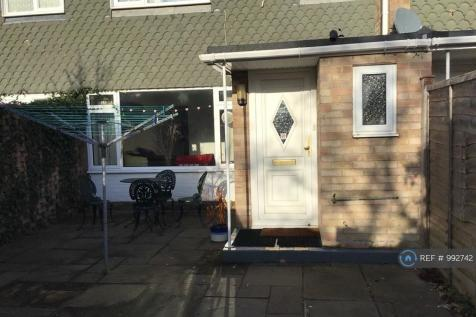Lime Close, Chichester, PO19. 4 bedroom terraced house
