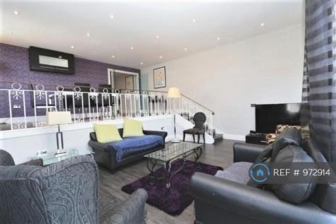 The Water Gardens, London, W2. 3 bedroom flat