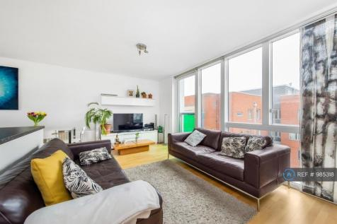 Kings Arms Court, London, E1. 2 bedroom flat