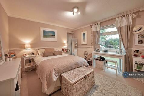 Grosvenor Drive, Maidenhead, SL6. 2 bedroom flat