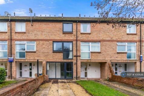 Murvagh Close, Cheltenham, GL53. 4 bedroom terraced house