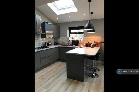 Donnybrook Road, London, SW16. 4 bedroom house share