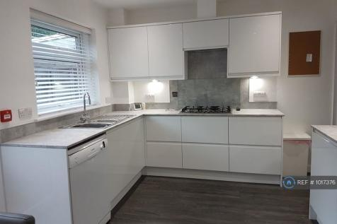 Barnstaple Road, Southend-On-Sea, SS1. 6 bedroom house share