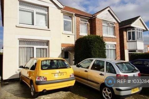 Mayfield Road, Southampton, SO17. 4 bedroom semi-detached house