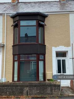 Alexandra Terrace, Brynmill, Swansea, SA2. 5 bedroom terraced house