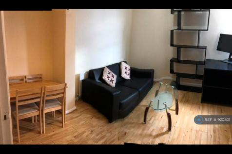 Greyhound Road, London, W6. 2 bedroom terraced house