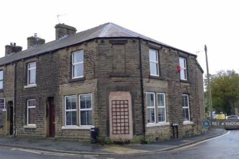 Manchester Road, Chapel-En-Le-Frith, High Peak, SK23. 2 bedroom flat