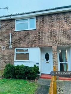 Magenta Close, Bletchley, Milton Keynes, MK2. 2 bedroom terraced house