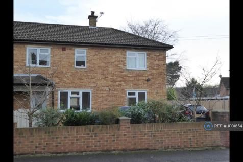 Sawyers Crescent, Maidenhead, SL6. 3 bedroom semi-detached house