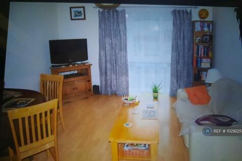 Selby Street, Wakefield, WF1. 2 bedroom flat