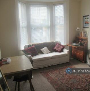 Hollingbury Road, Brighton, BN1. 1 bedroom flat