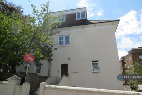 Wellington Road, Brighton, BN2. 4 bedroom flat