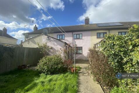 Burney Road, King's Lynn, PE30. 3 bedroom terraced house