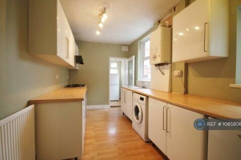 Barclay Street, Leicester, LE3. 4 bedroom terraced house