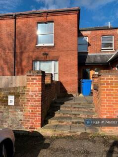Ferry Road, Norwich, NR1. 2 bedroom flat