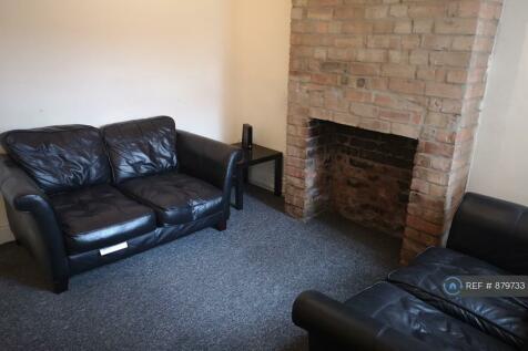 Southampton Road, Northampton, NN4. 4 bedroom house share
