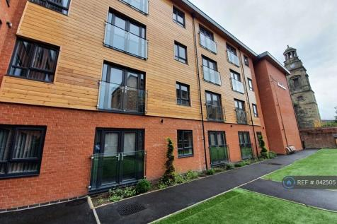 St Thomas Place, Stockport, SK1. 2 bedroom flat
