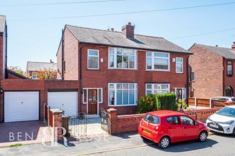 Danesway, Wigan. 3 bedroom terraced house for sale
