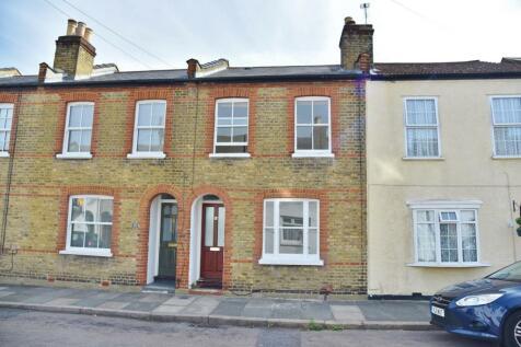 Warwick Road, Twickenham. 4 bedroom terraced house