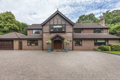 Rowhill Road, Dartford. 6 bedroom house