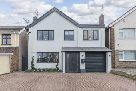 Summerhouse Drive, Bexley. 4 bedroom detached house
