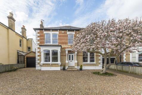 Parkhurst Road, Bexley. 5 bedroom detached house