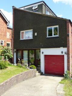 Oldbury Close, Ightham, Kent TN15. 4 bedroom end of terrace house