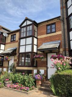 Swan Place, Reading, Berkshire RG1. 3 bedroom town house