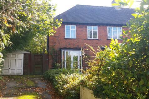 Eastcote Road, Rusilip, Ruislip HA4. 4 bedroom semi-detached house