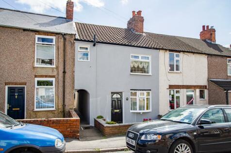Needham Street, Ripley, Derbyshire DE5. 2 bedroom terraced house