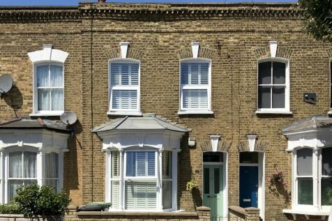 Ventor Road, London, London se14. 3 bedroom terraced house