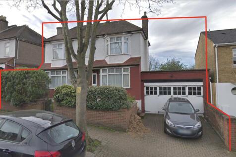 Auckland Hill, London, London SE27. 3 bedroom semi-detached house