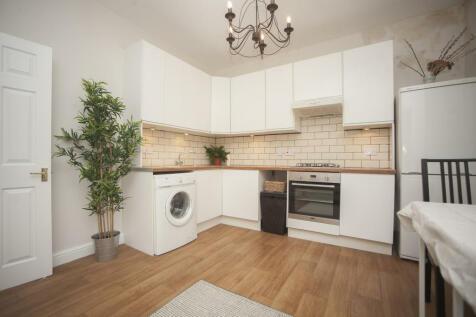 6 Walcot Buildings, Bath, Banes BA1. 2 bedroom flat
