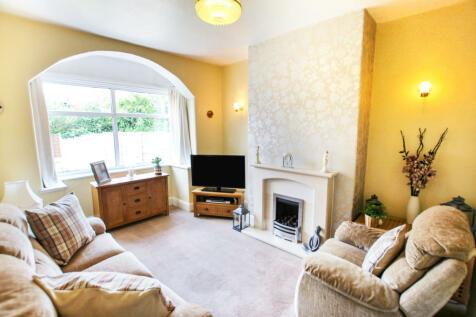 Alexandra Rd South, Chorlton, Manchester M16. 3 bedroom semi-detached house
