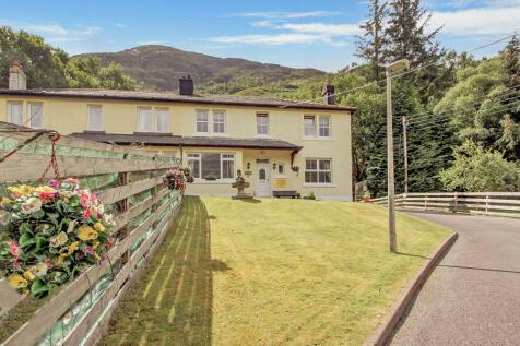 Garbhein Road, Kinlochleven, Argyll PH50. 5 bedroom semi-detached house