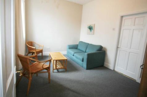 415 NEW HALL LANE, Preston, Lancashire PR1. 1 bedroom flat
