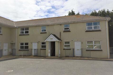Albion Court, Castor Road, Brixham, Devon. 2 bedroom apartment
