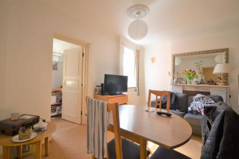 Chiswick High Rd Chiswick, London W4 2ET. 1 bedroom flat