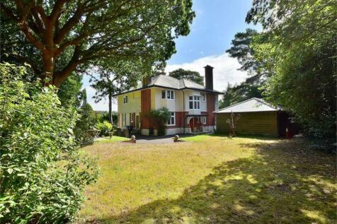 Ipswich Road, Branksome Gardens, Poole. 5 bedroom detached house