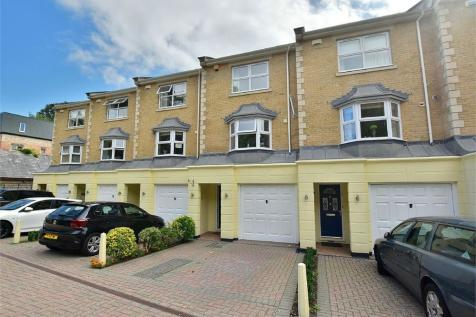 Bourne Banks, 20 Branksome Wood Road, Bournemouth. 3 bedroom town house