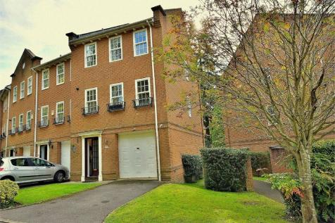 Branksome Wood Road, Bournemouth, Dorset. 3 bedroom town house for sale