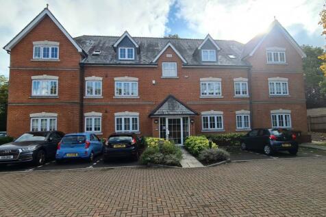 Jays Court, Sunninghill, Berkshire. 2 bedroom flat