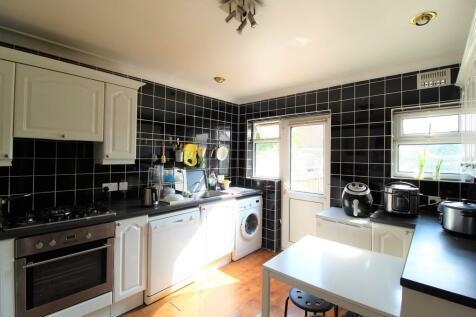 Tenterden Road, Croydon. 3 bedroom terraced house