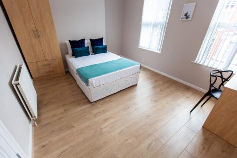 Alderson Road, L15 1HQ,. 4 bedroom terraced house