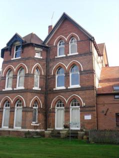 Park Dale East, Wolverhampton, West Midlands, WV1. Studio flat