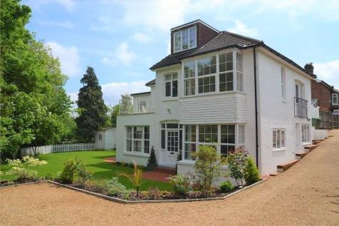 Upper Grosvenor Road, Tunbridge Wells. 4 bedroom detached house