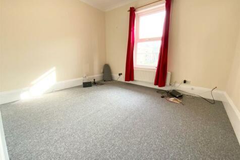 London Road, Southborough, Tunbridge Wells. 2 bedroom flat