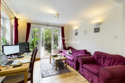 Ground Floor Flat Tooting Bec Road, London, SW17. 3 bedroom flat